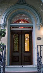 812057_savannah_door.jpg