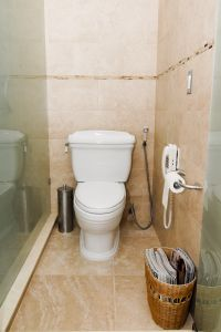 bathroom-2-1092823-m