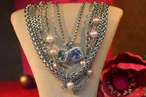 jewelery-in-a-store-window-1427243-300x200